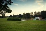 Pohled na volejbalové hřiště od obecního úřadu